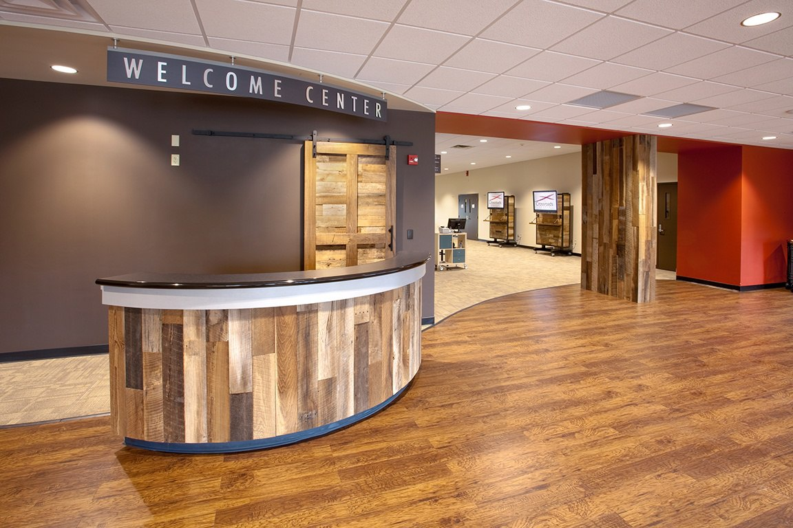 Crossroads_welcome_center_2_9831.jpg