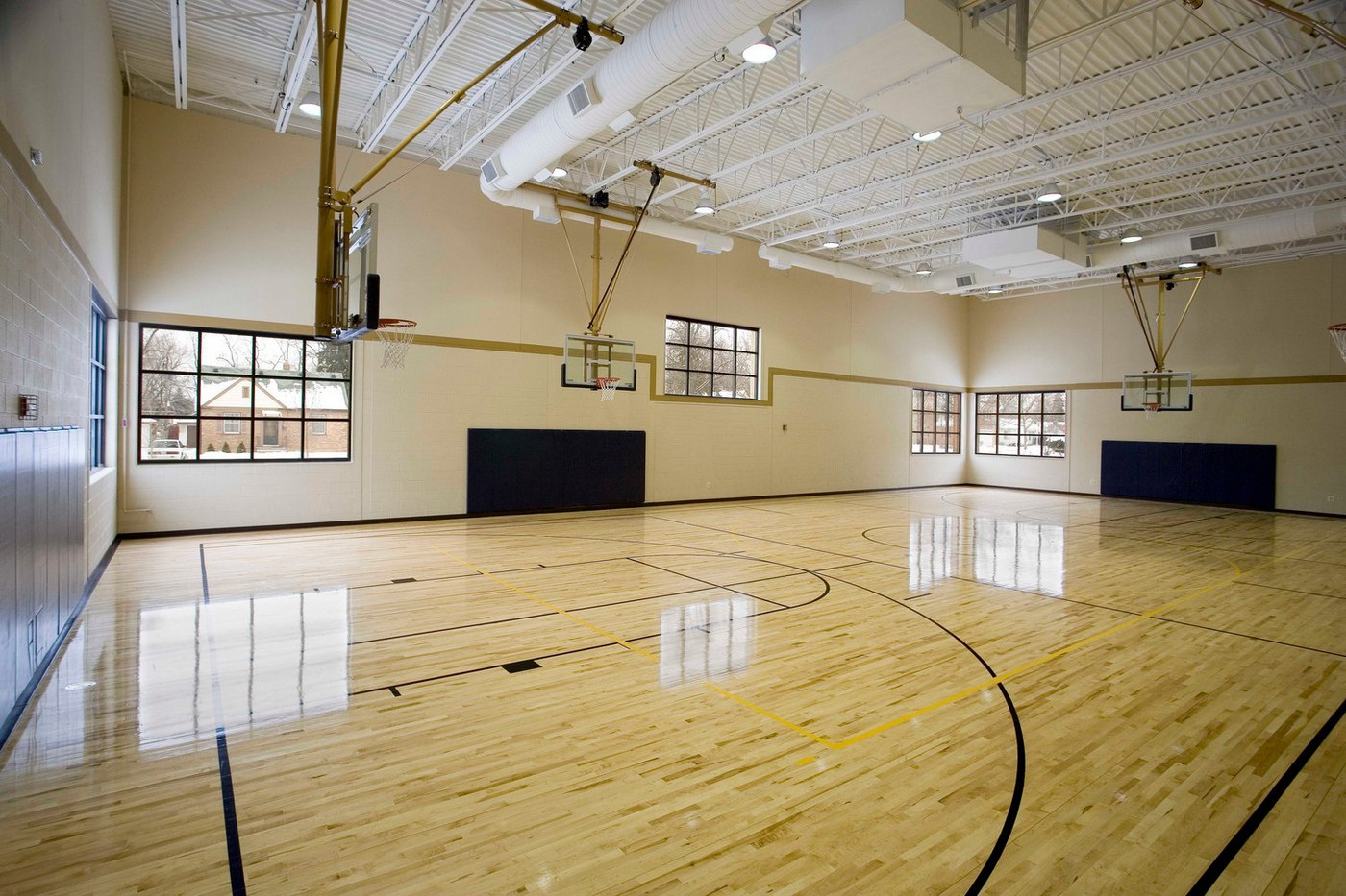 LaGrange Gym 03.jpg