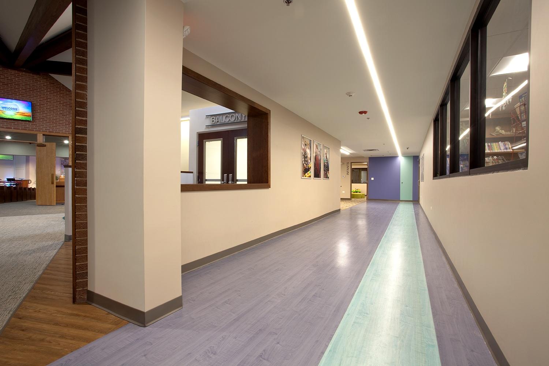orland-park-lobby-hallway-web.jpg