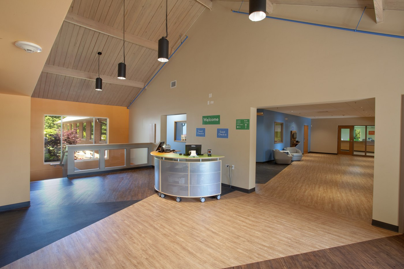Parkview Glen Ellyn - Children Lobby (01).jpg