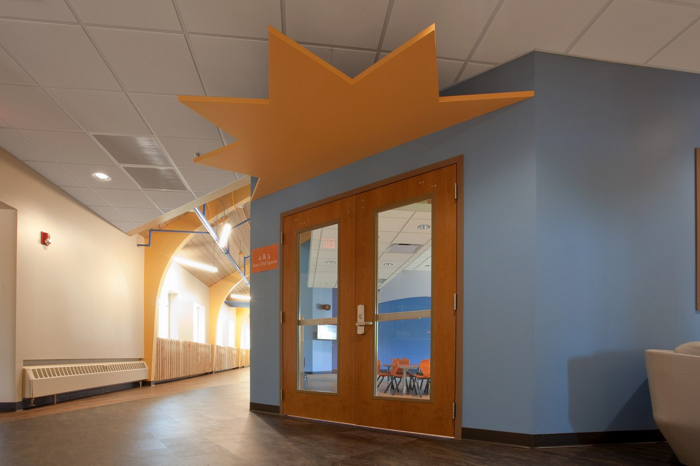 Parkview Glen Ellyn - Children Lobby (02).jpg