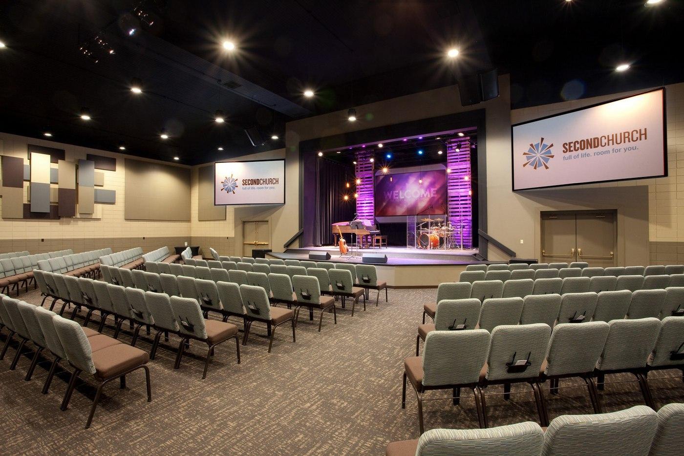 Second_Church_Auditorium_01.jpg