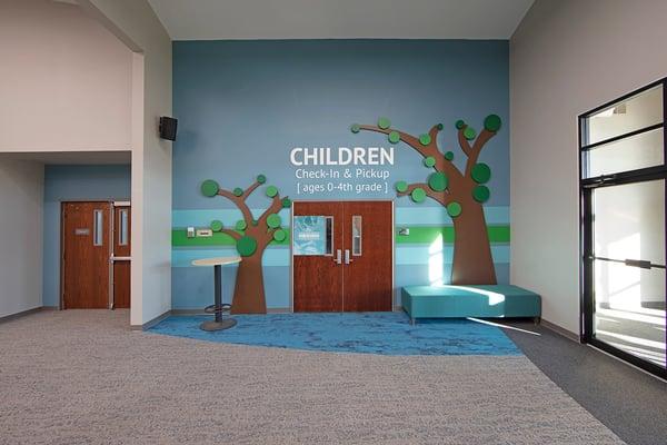 brookville-childrens-entrance-low
