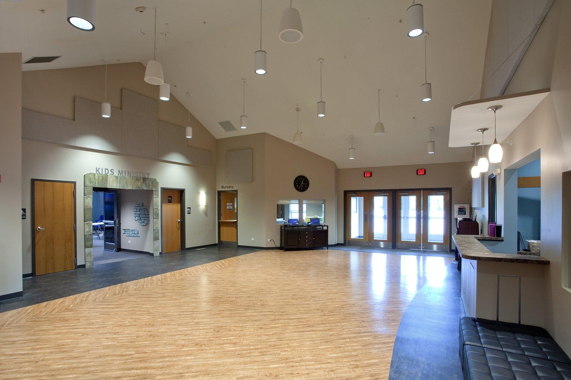hickory-creek-church-lobby