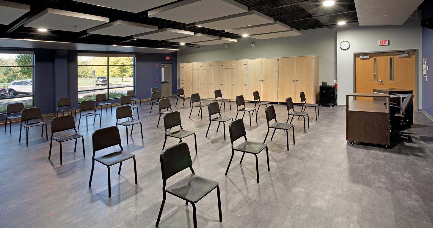 benet-academy-classroom-2-lo